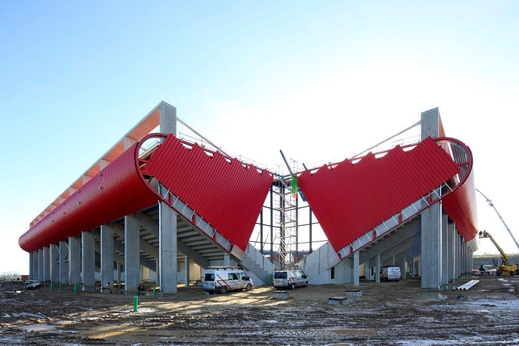 Bau der Continental Arena